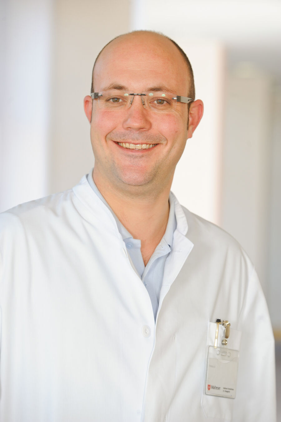 Olaf Jungmann, Facharzt für Urologie, Medikamentöse Tumortherapie, Palliativmedizin Fellow of the European Board of Urology (F.E.B.U.), Leitender Oberarzt der Urologischen Klinik Lindenthal St. Hildegardis Krankenhaus
